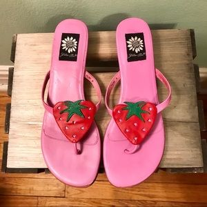 YELLOW BOX CUTE leather pink flip flops